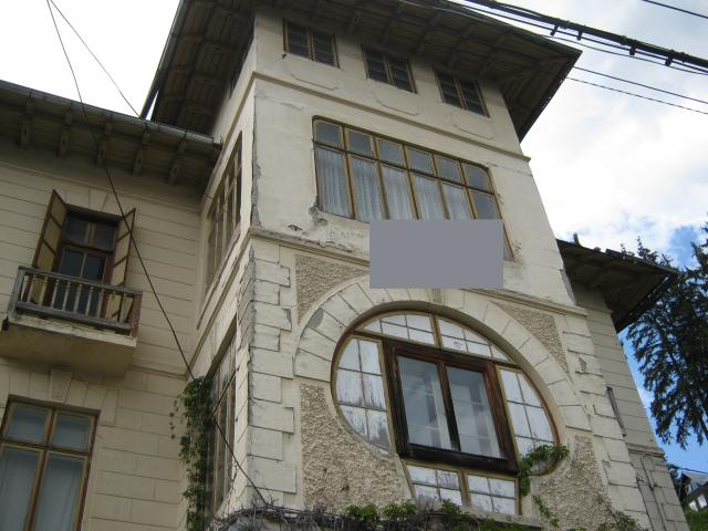 vila   de vanzare in Sinaia, zona Central-RETRASA