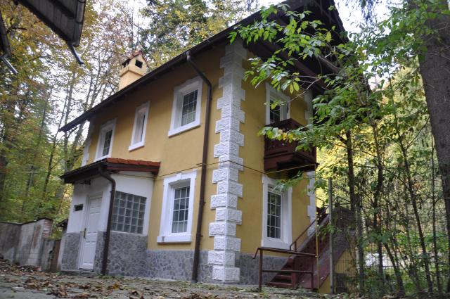 vila in Sinaia, zona Ultracentral