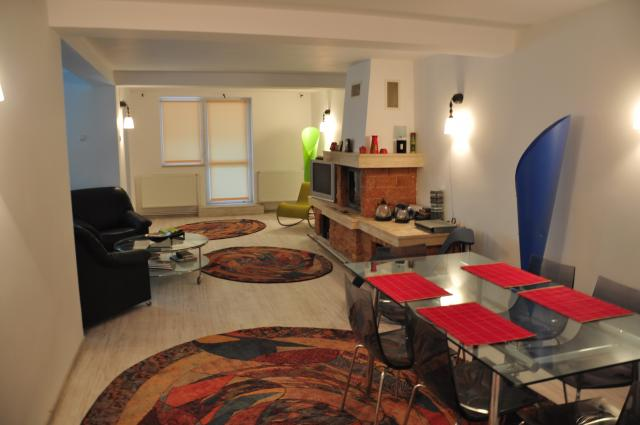 apartament in Busteni, zona Central