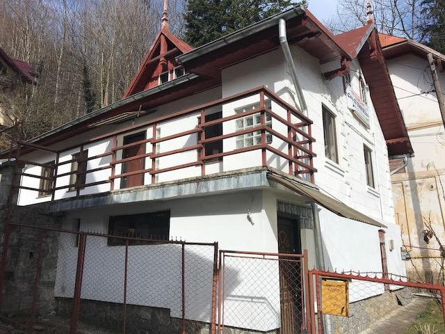 vila in Sinaia, zona Central